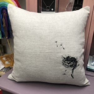 embroidery mouse cushion
